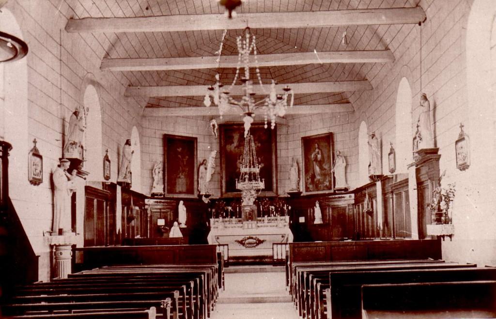 L'interieur de l'église avant la guerre